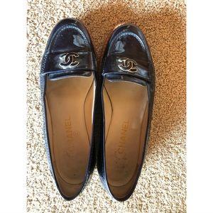 CHANEL Shoes - Chanel loafer, Navy patent leather
